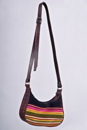 REDRAIN SHOULDER BAG- front