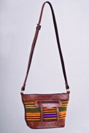 LANDSLIDE SHOULDER BAG - front
