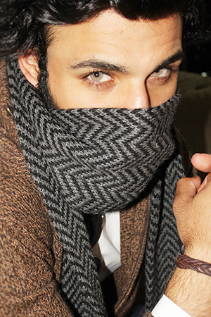 back-RAY SCARF